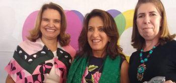 Prefeita Divina Zago participa de entrega de cobertores na OVG